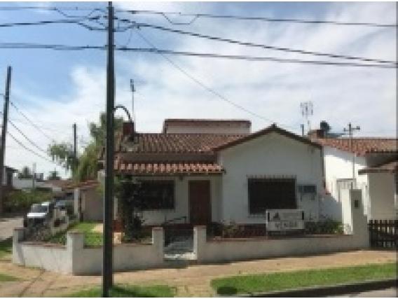 Casa de 3 dormitorios en  San Fernando, Provincia de Buenos Aires.