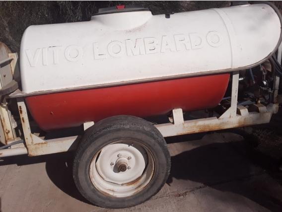 Pulverizadora Vito Lombardo 1000L 600Psi