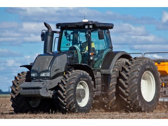 Tractor Valtra S293