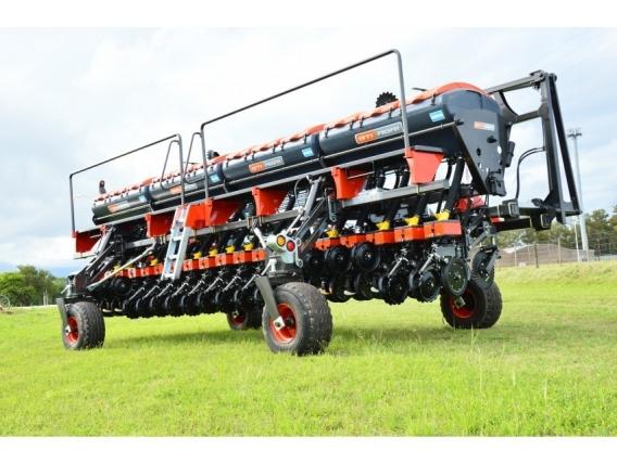 Sembradora Combinada Bti Agri Rb2 - Rb3200A