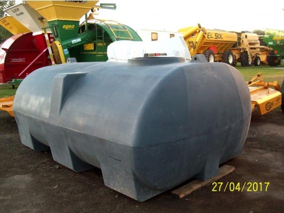 Tanque Horizontal Rotor 3000 L. Con Patas - Nuevo