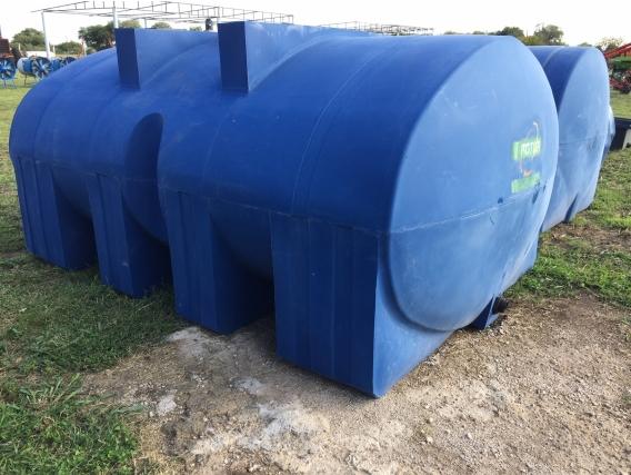 Tanque Plástico Horizontal De 8000Lt