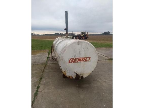 Tanque Cisterna de 3.000 litros.