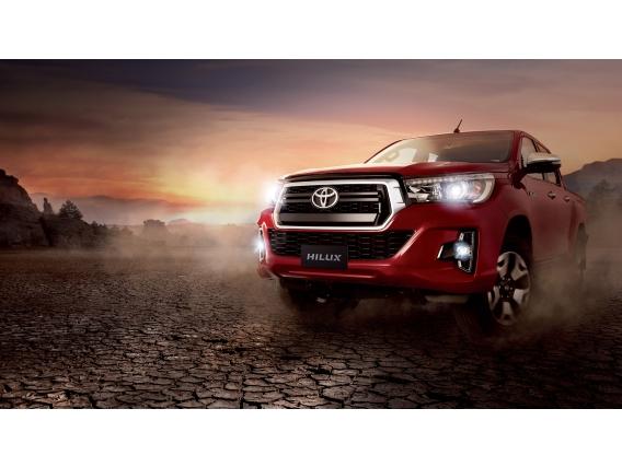 Toyota Hilux 4X4 D/c Srv 2.8 Tdi 6 M/t