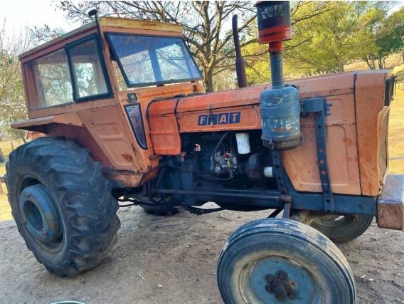 Tractor Fiat 700 E