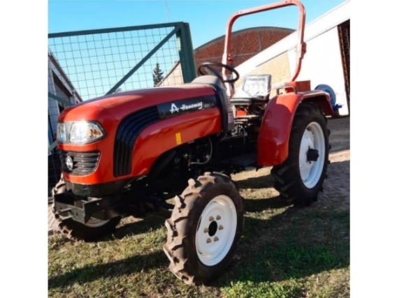 Tractor Hanomag 304 30 Hp