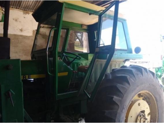 Tractor John Deere 3140 Doble Tracción