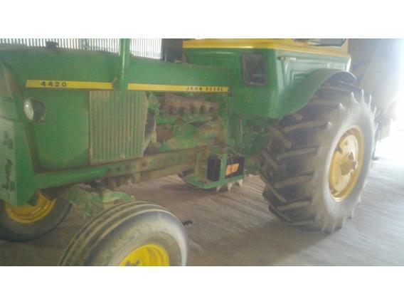 Tractor John Deere 4520 Cab. Tdf Ind. Doble Salida Hid