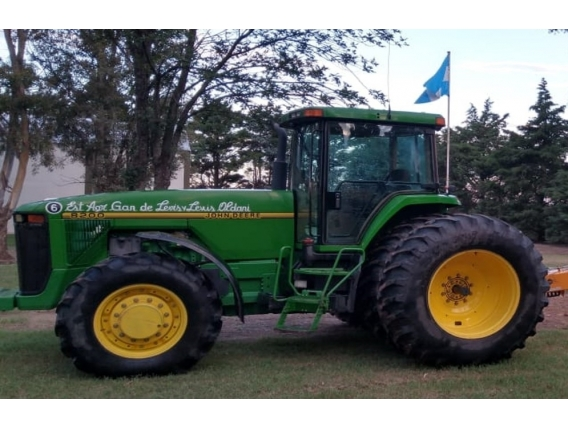 Tractor John Deere 8200