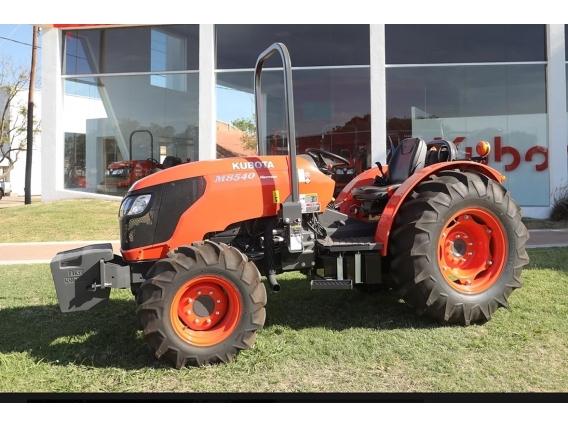Tractor Kubota M8540 N