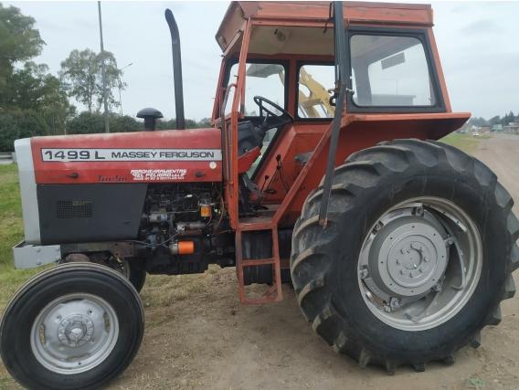 Tractor Massey
