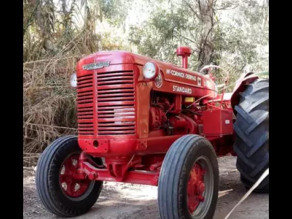 Tractor Mc Cormick Wd-9 Año 1951