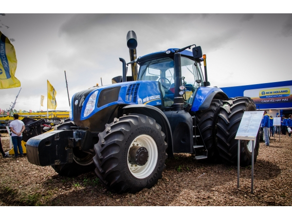 Tractor New Holland T8.320 - 250 Cv
