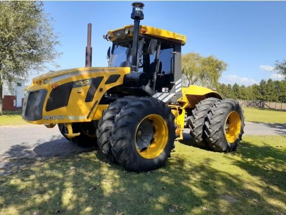 Tractor Pauny 540