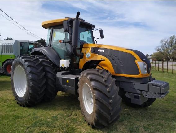 Tractor Valtra 210, Piloto Automatico, 225 Hp