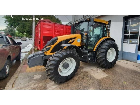 Tractor Valtra A114
