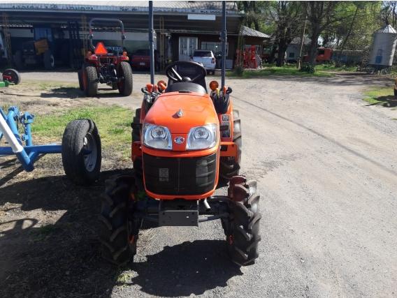 Tractores Kubota B2320