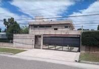 Casa de 6 ambientes en Juana Koslay