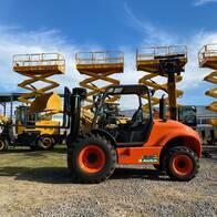 Autoelevador 4X4 Todo Terreno Triple Torre Ausa 3.500Kg