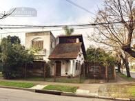 Casa 2 Dormitorios - 116 M2 - Adrogué