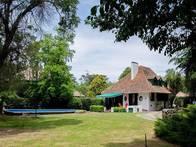 Casa Quinta De 3 Ambientes, El Grosellar, Mar Del Plata