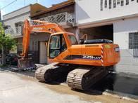 Excavadora Sobre Orugas Doosan 225 Lcv 2008 5700 Horas
