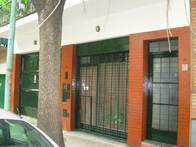 Local, Oficinas Y Departamento 80 M2. Barracas.