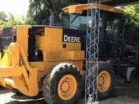 Motoniveladora John Deere 670D