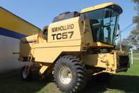 Cosechadora New Holland TC 57 - Año: 2003