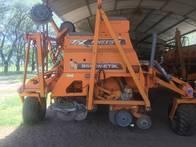 Sembradora Agrometal Txn Mega 23/35 Art Var F Simp 2012
