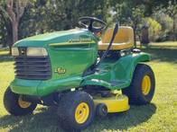 Tractor Cortacésped John Deere lt155